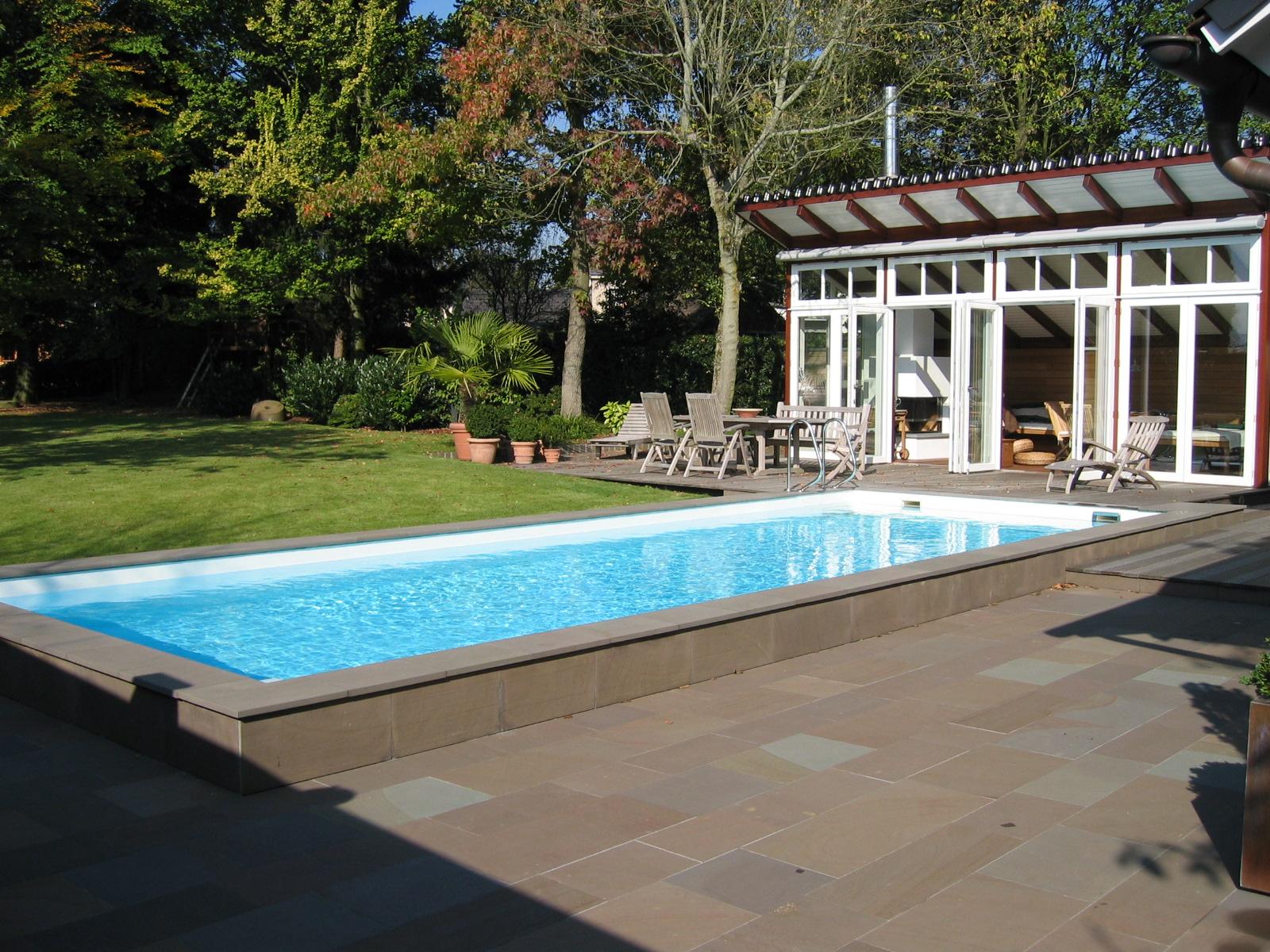 Freibad beispiel 8 swim sweat poolbau und for Schwimmbad folienauskleidung
