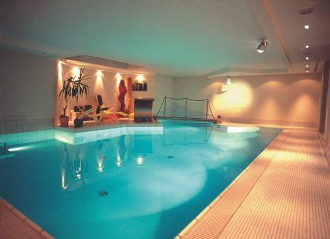 Hallenbad in Essen von Swim & Sweat Schwimmbad- und Saunatechnik